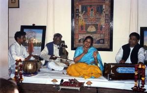 Saira Begum in concert, Varanasi 2003