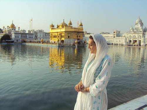 Pict 11 - At the Sri Darbar Saheb (Golden Temple) Amritsar