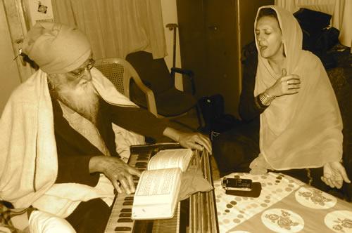 Dr. Francesca Cassio with Bhai Gurcharan Singh
